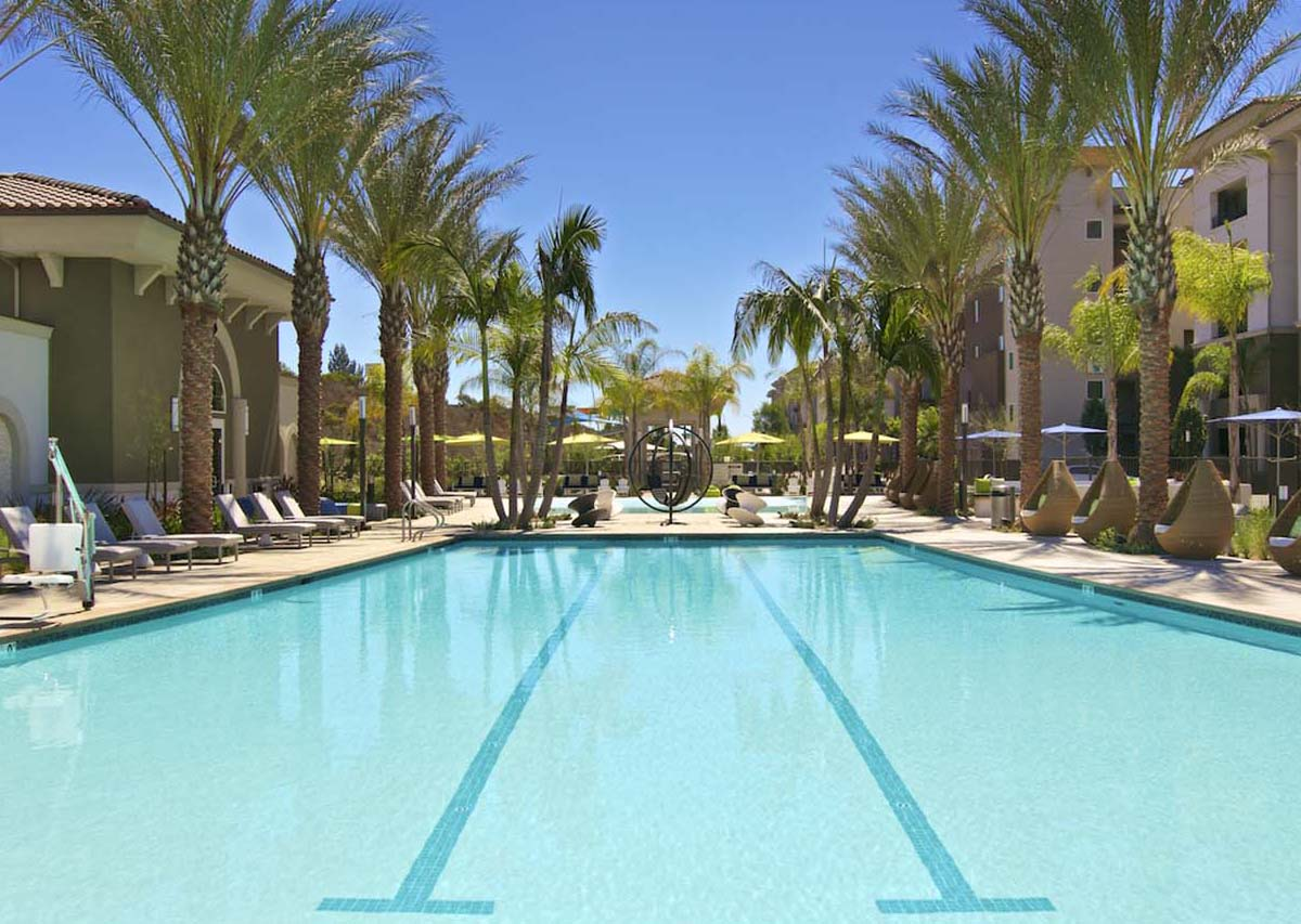Riviera Saltwater Pool