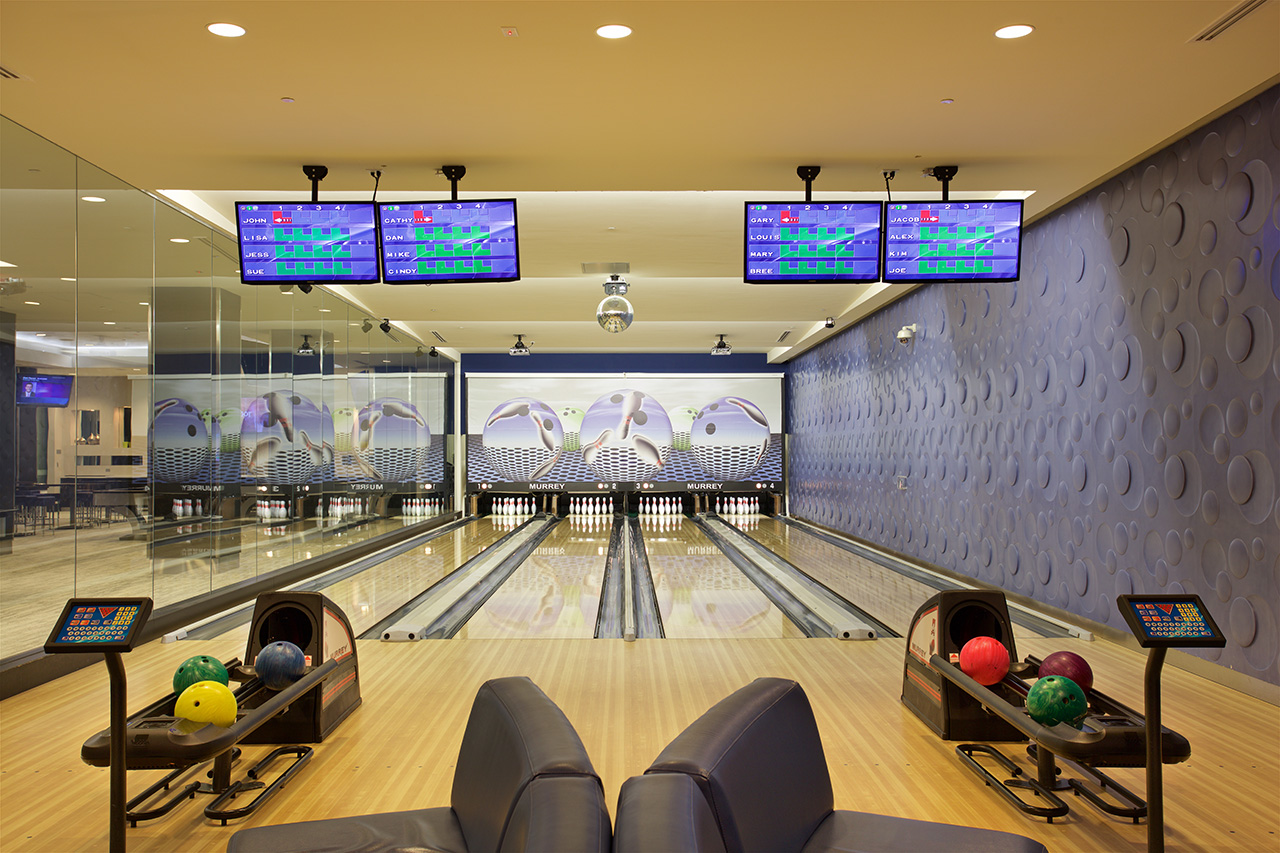 Kingpin Bowling Alley and Lounge